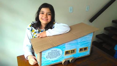 maquete mini casa sobre rodas